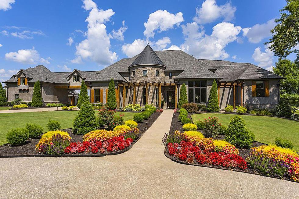 Jason Aldean Is Selling His Crazy Rural Castle [Pictures]
