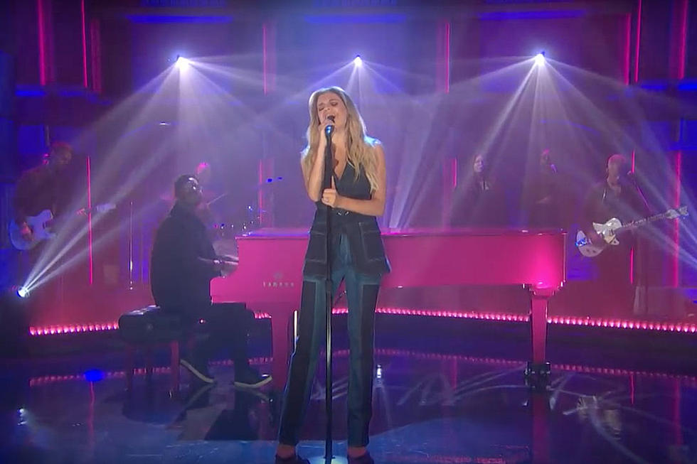 Kelsea Ballerini Still Hates Love Songs on 'Seth Meyers'