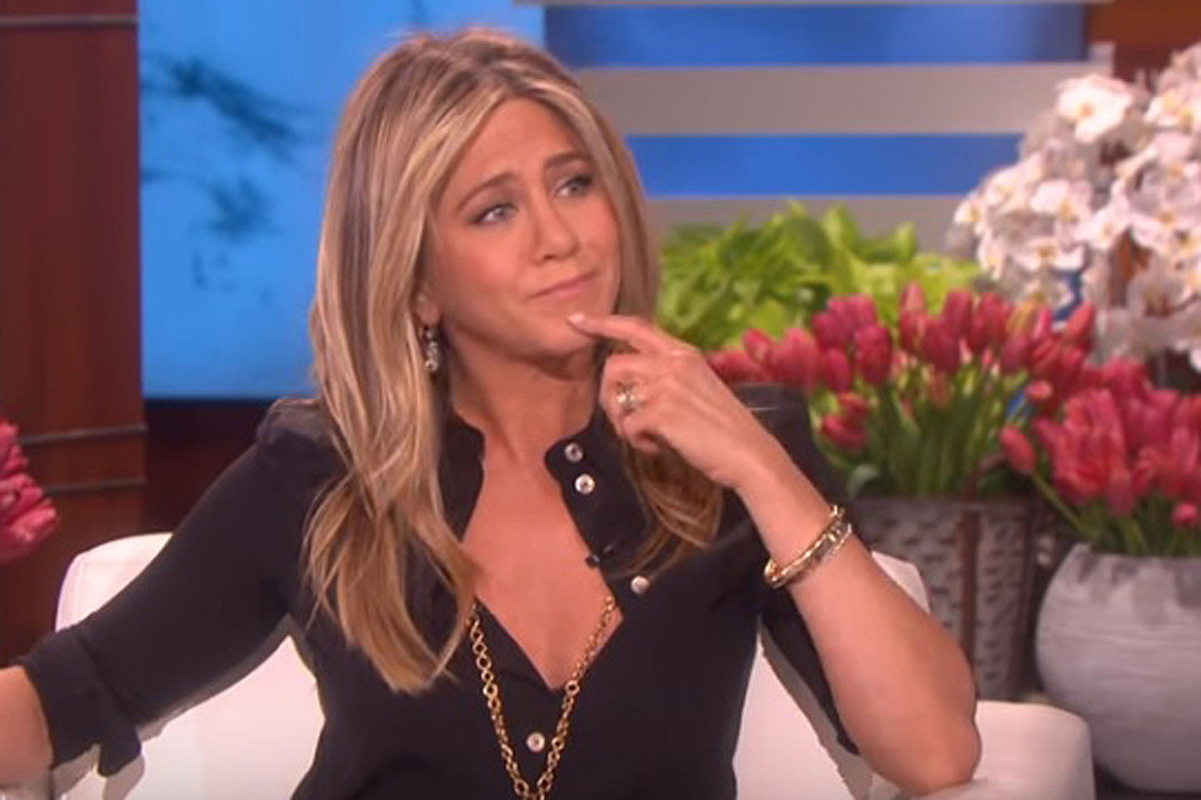 66aea77251533 Jennifer Aniston Joked That She Wanted to Do a Song With Dolly Parton, Now  She Has To
