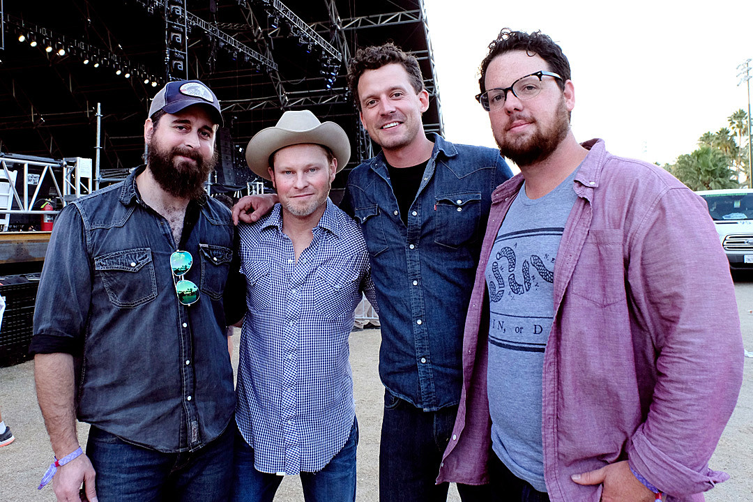 Turnpike Troubadours Scrap Shows to Address Personal Struggle