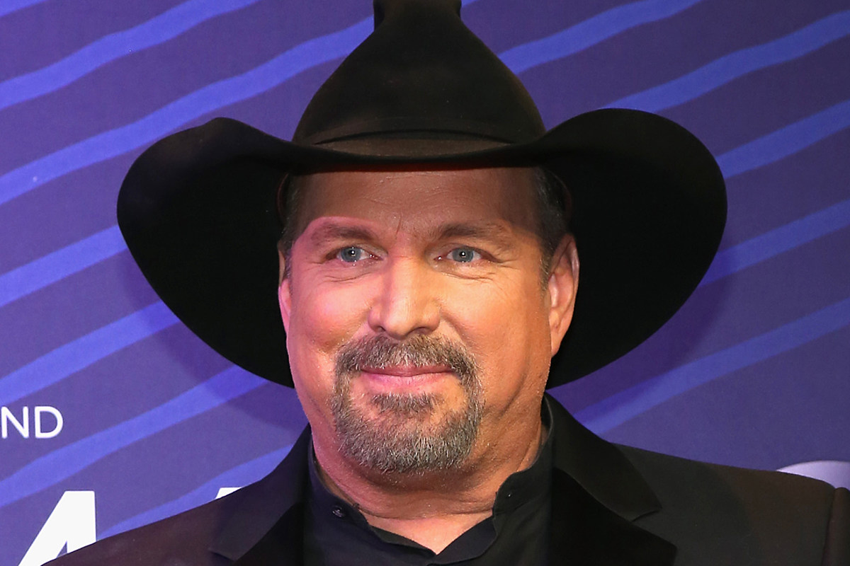 Garth Brooks Reveals His Favorite '90s Country Song