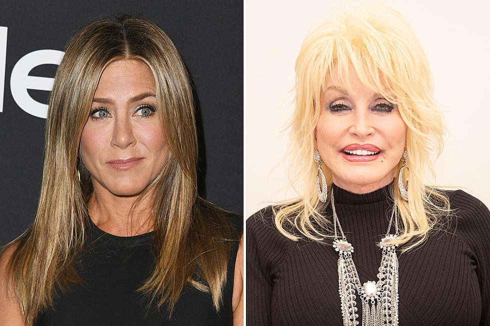 Jennifer Aniston Responds to Dolly Parton's 'Threesome' Comment on 'Fallon'