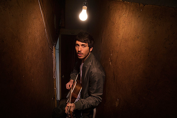 Morgan Evans Introduces Highway 1 Sessions With 'Young Again'