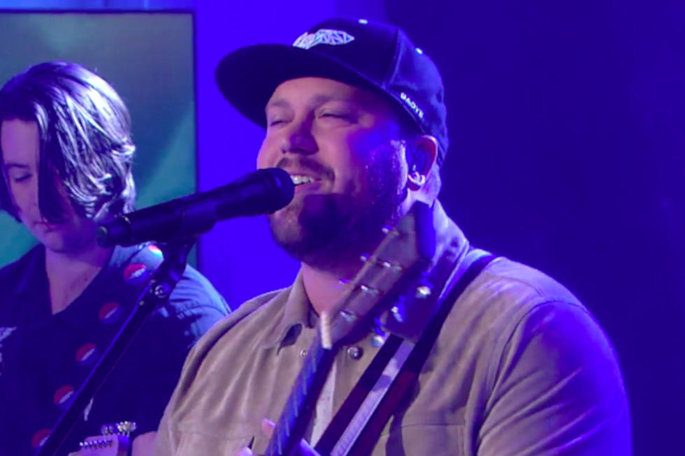 e5c058907 Mitchell Tenpenny Crushes His National Television Debut