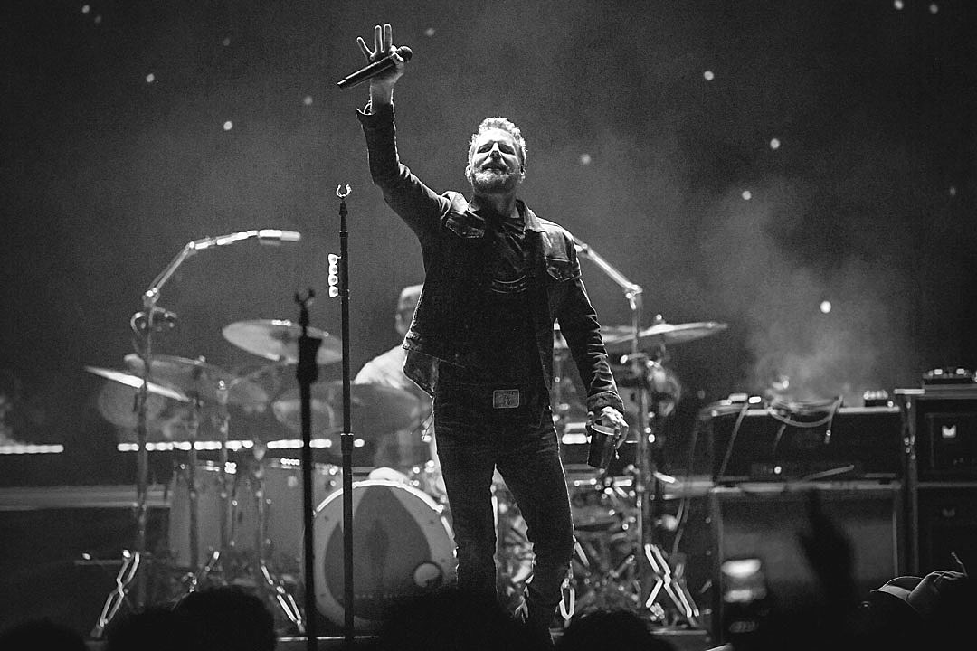 Dierks Bentley's Burning Man Live Show Reflects His Humility