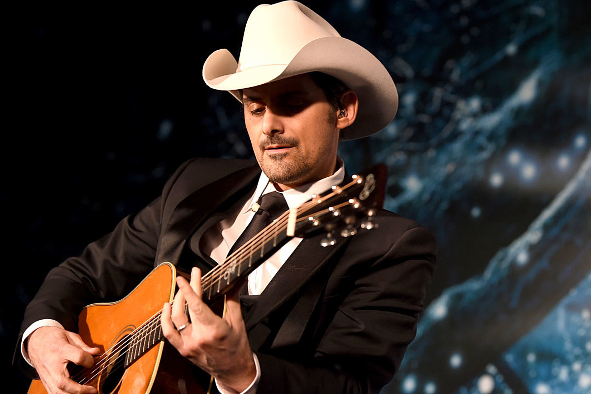 Little moments brad paisley official video