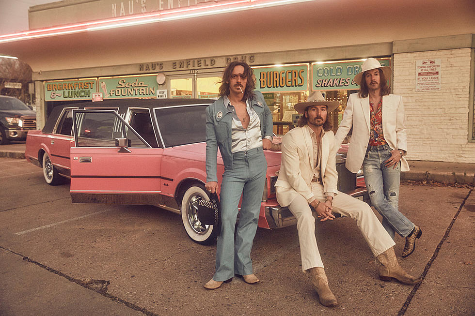 Midland's 'Mr  Lonely' Is a Rockin' Classic Country Cheatin