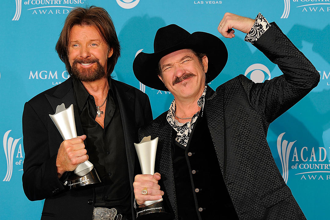 Remember Who the First ACM Awards Were Meant to Benefit?