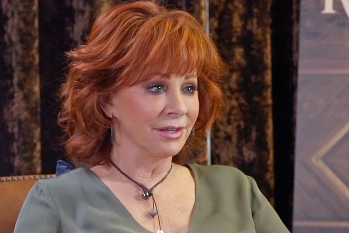Why Reba Mcentire Won T Do Politics At The 2019 Acm Awards