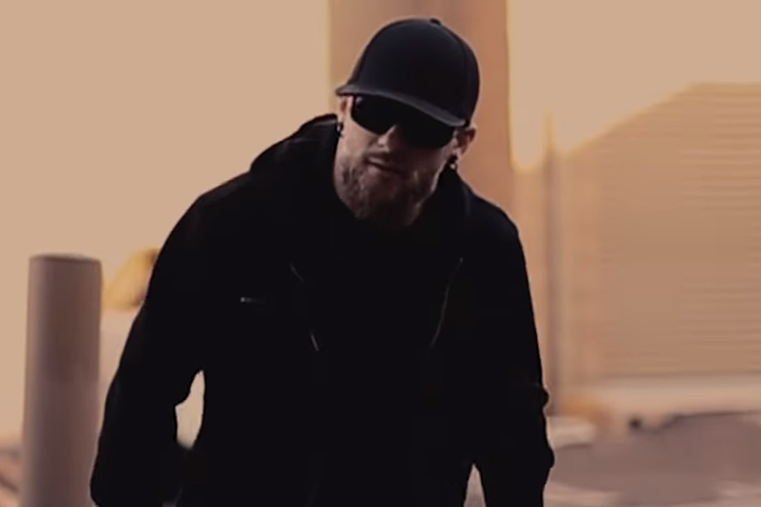 Brantley Gilbert Teams With Iconic Rockers for 'Blue on Black'