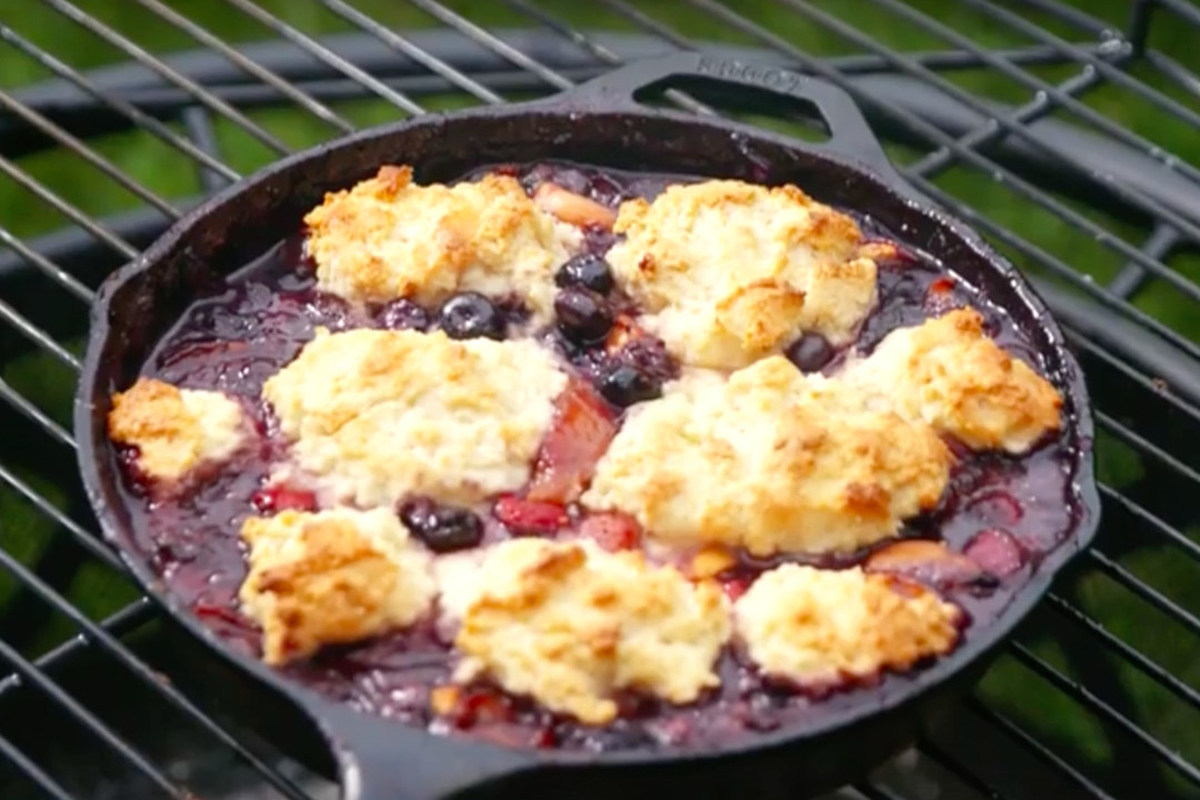 This Campfire Cobbler Recipe Is Sure to Be a Hit at Your Next Outdoor Party
