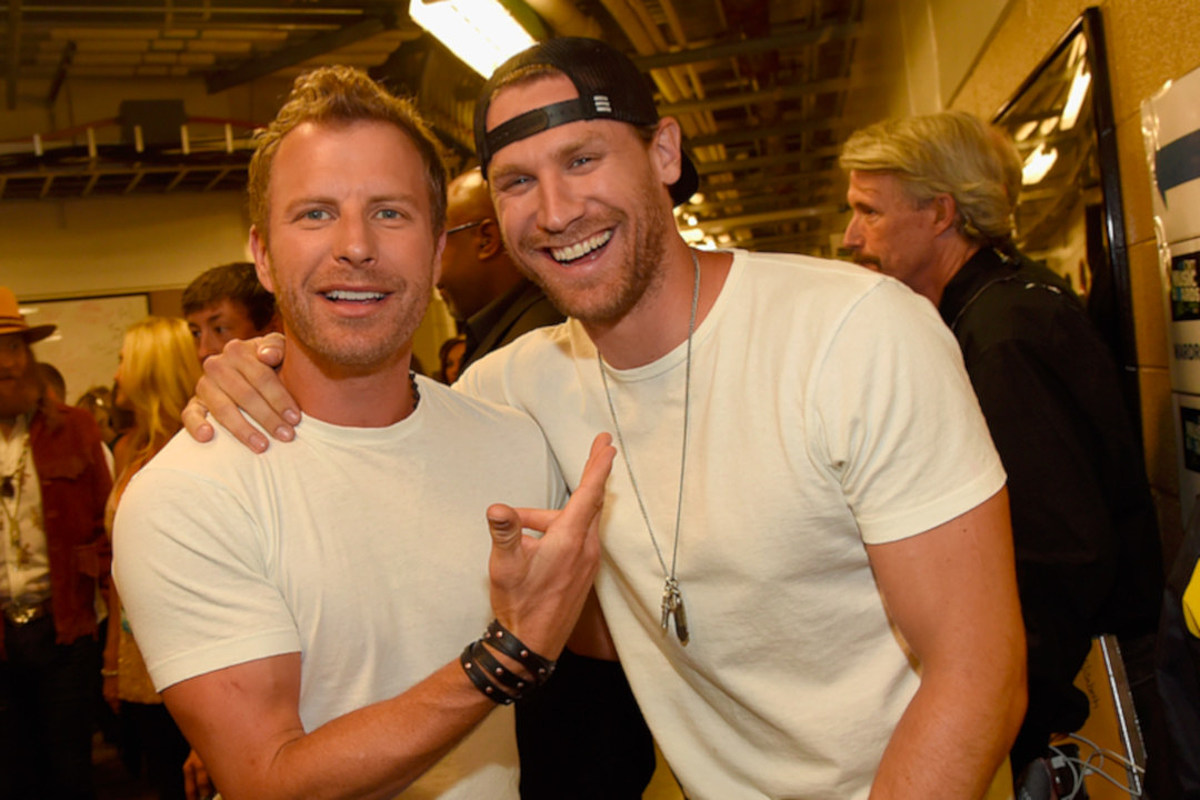 You Should Read Chase Rice And Dierks Bentley S Texts