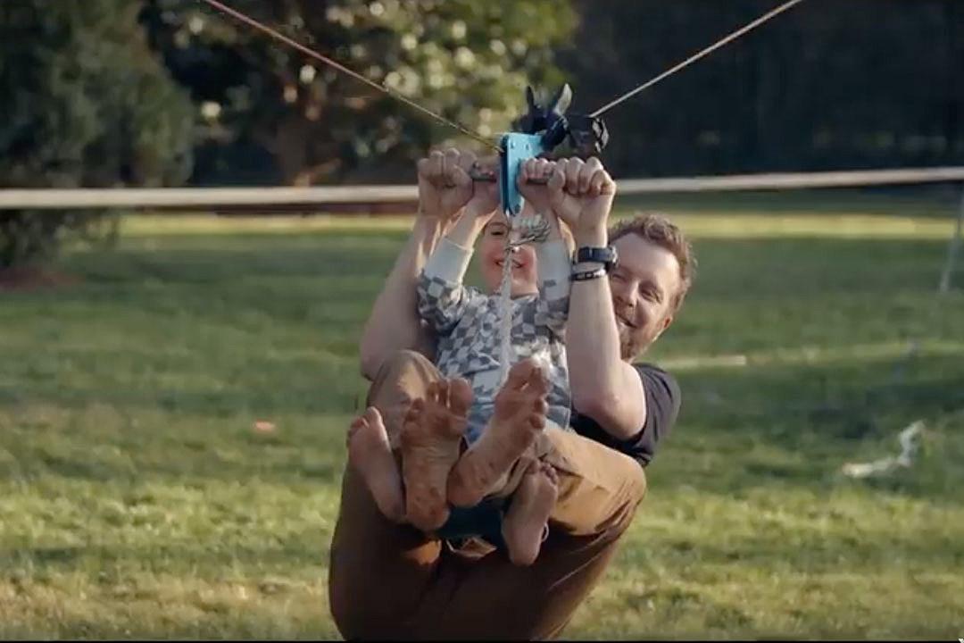 Dierks Bentley, Son Knox Have Ultimate Bonding Day in 'Living'