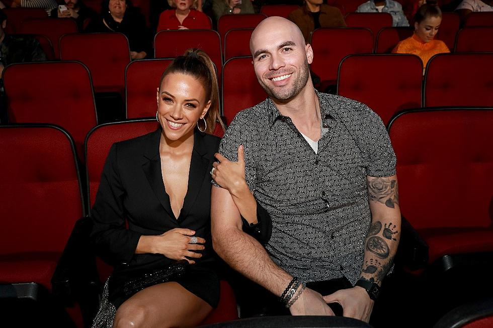 Jana Kramer Discovered Husband's Cheating Right Before a Show