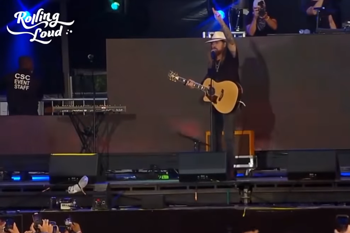 Watch Billy Ray Cyrus Joins Lil Nas X At Hip Hop Festival