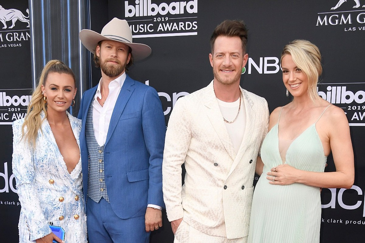 Florida Georgia Line Hit 2019 Billboard Music Awards Red
