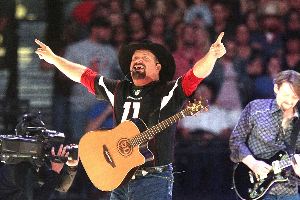 Garth Brooks Shares Love Affair With Minneapolis Over