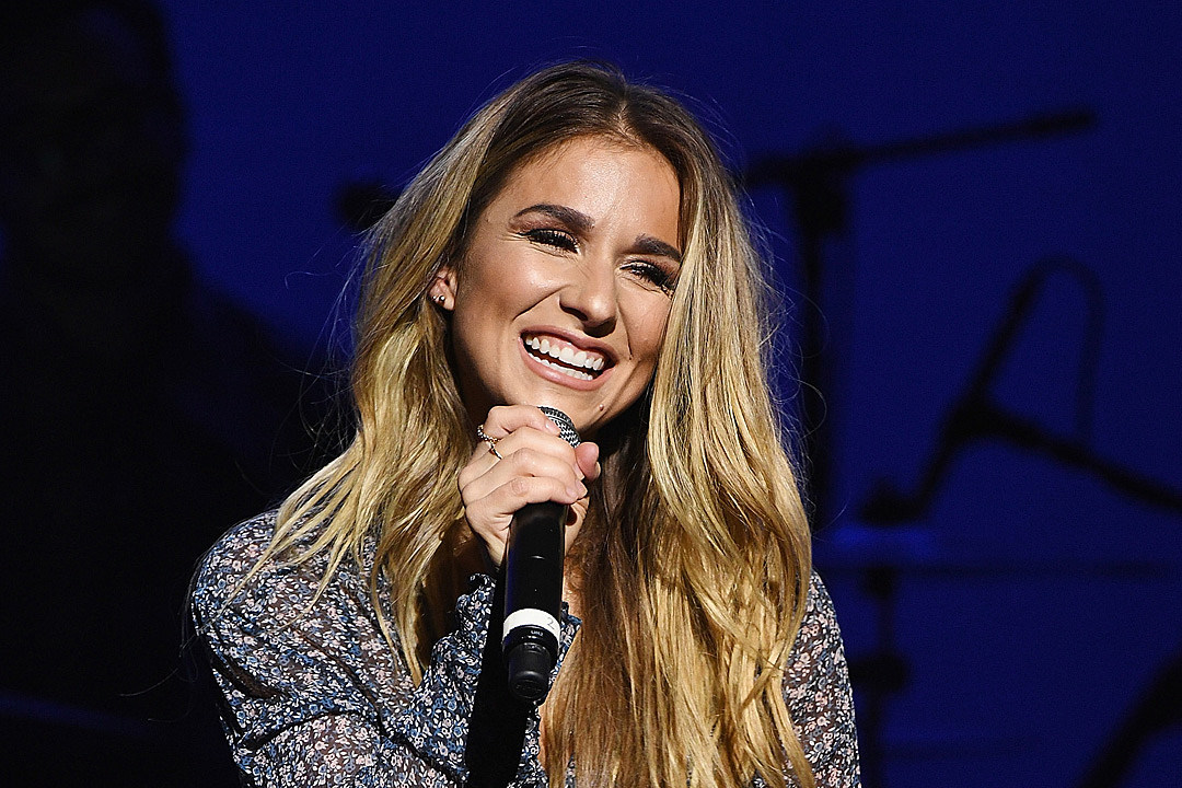 When Things Get Crazy, Jessie James Decker Leans on Her Mom