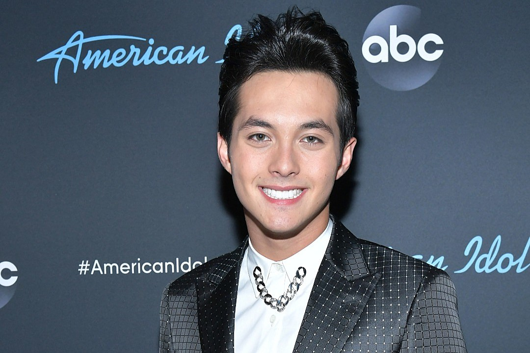 Laine Hardy Signs Record Deal With Hollywood Records