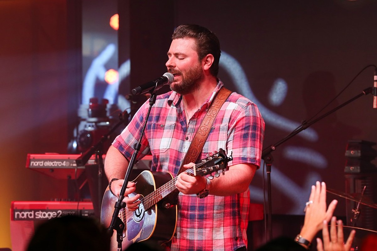 Chris Young Breaks Down In Tears at Grand Ole Opry