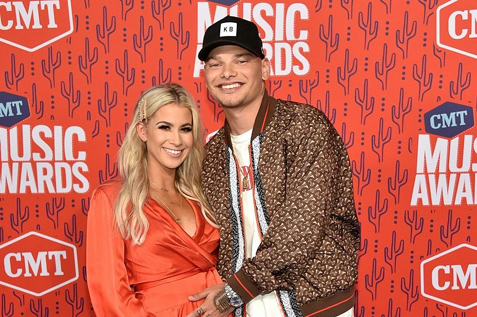 378b1b9f4 PICS: Kane Brown, Wife Katelyn Show Off New Baby Bump!