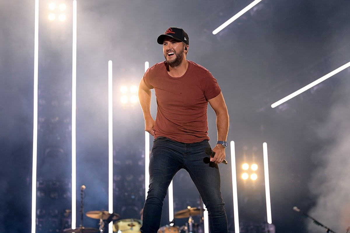 Luke Bryan Wants to Support Women in Country Music