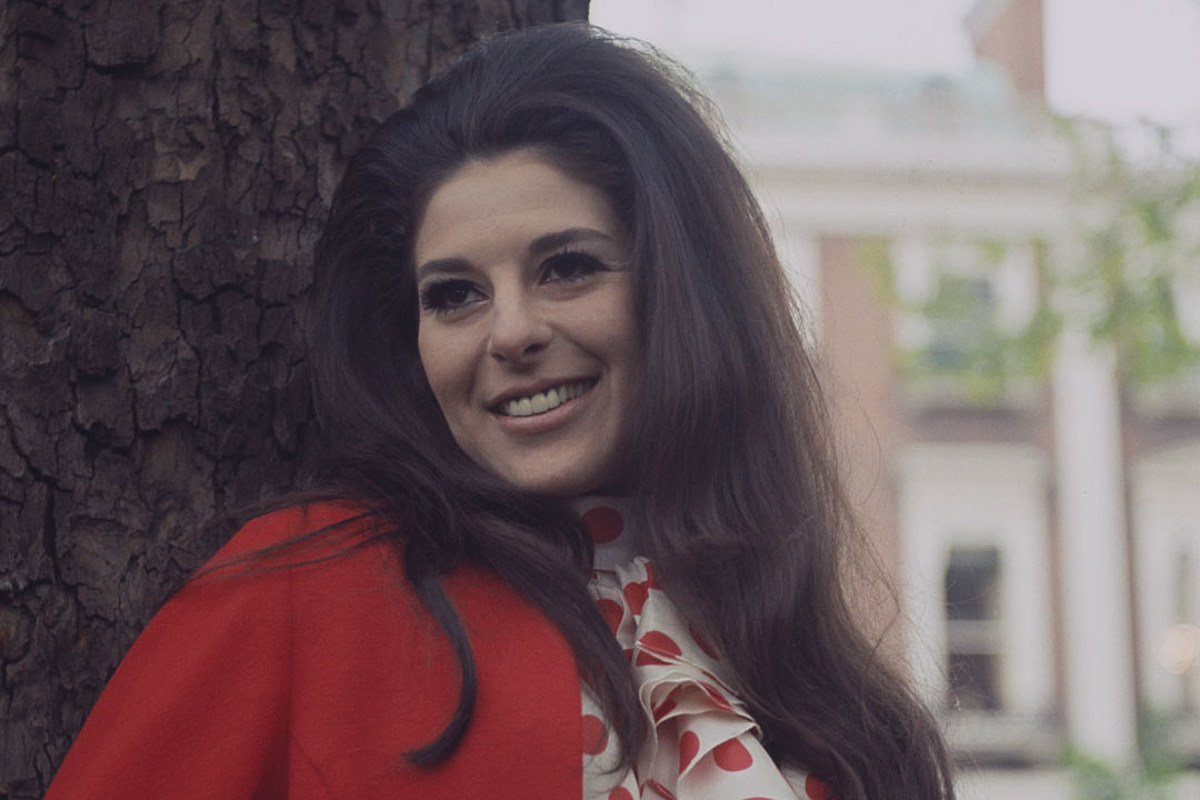 Why Did Bobbie Gentry Disappear?