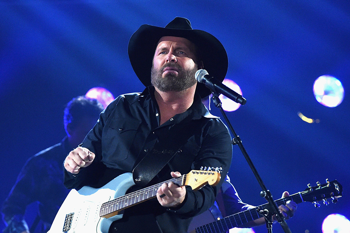 Garth Brooks' Final Stadium Tour Stop Will Be His Biggest Yet