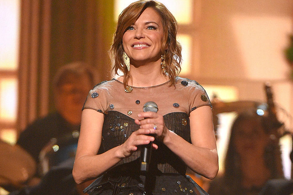Martina Mcbride Christmas Tour 2019 Martina McBride Making Holiday Bright Again With Joy of Xmas Tour