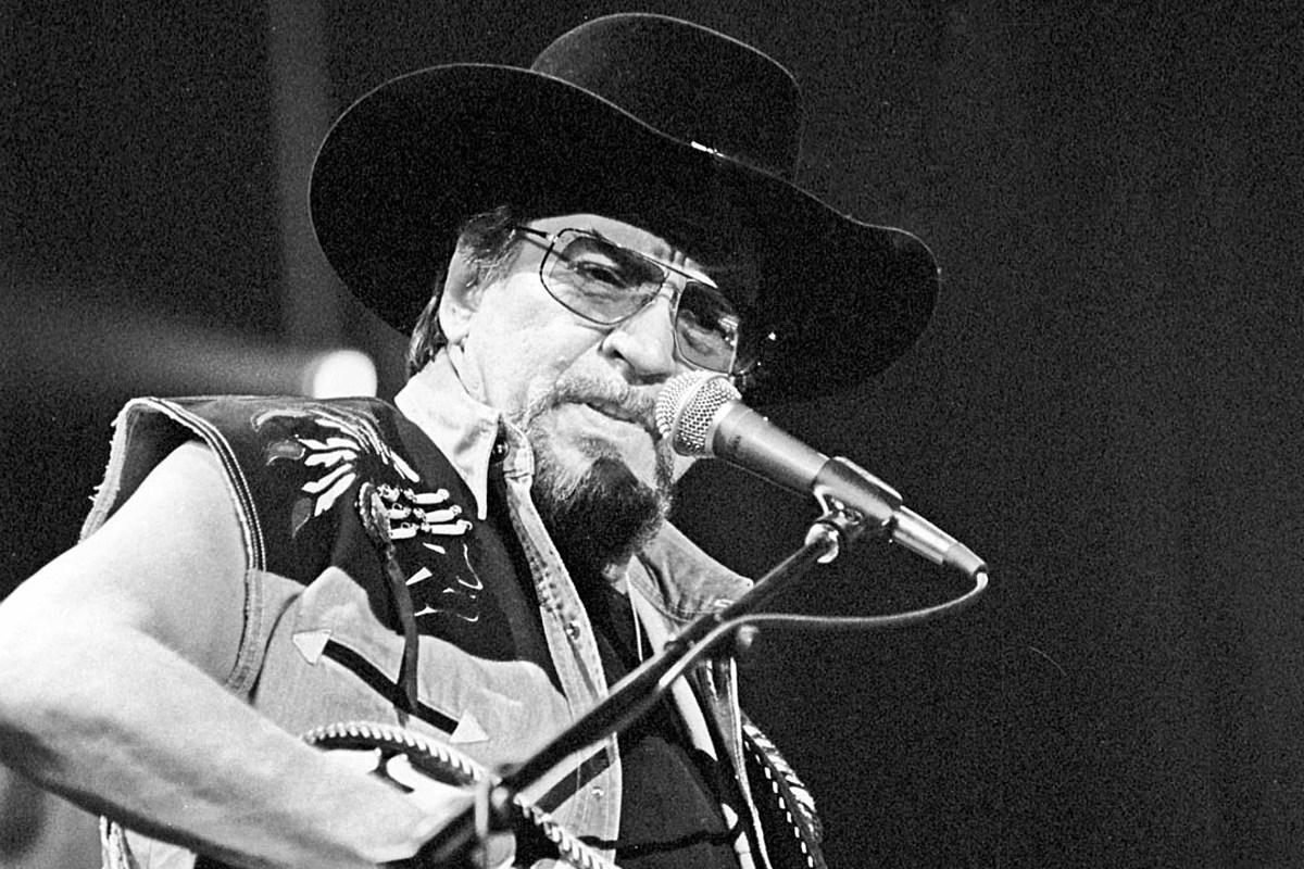 Recap: 'Country Music,' Episode 7 — Here Comes Texas