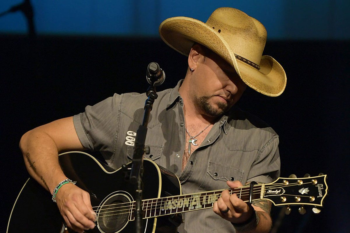 Jason Aldean Scaled Back Tour Dates to Be Home With His Kids - Taste of Country