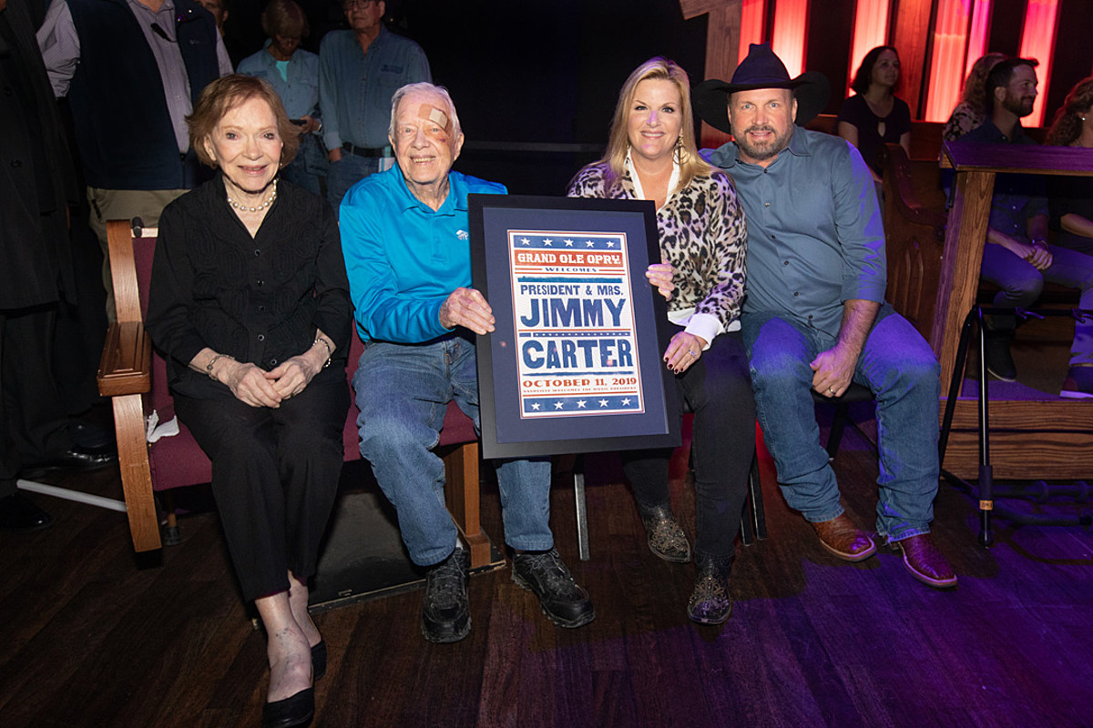 Jimmy Carter, Wife Rosalynn Visit Grand Ole Opry [Picture]