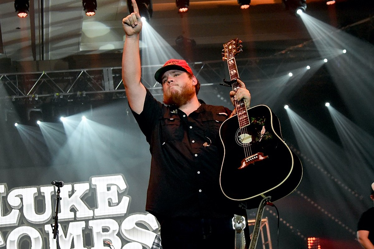 Luke Combs' 'What You See Is What You Get' Debuts at No. 1, Sets Records