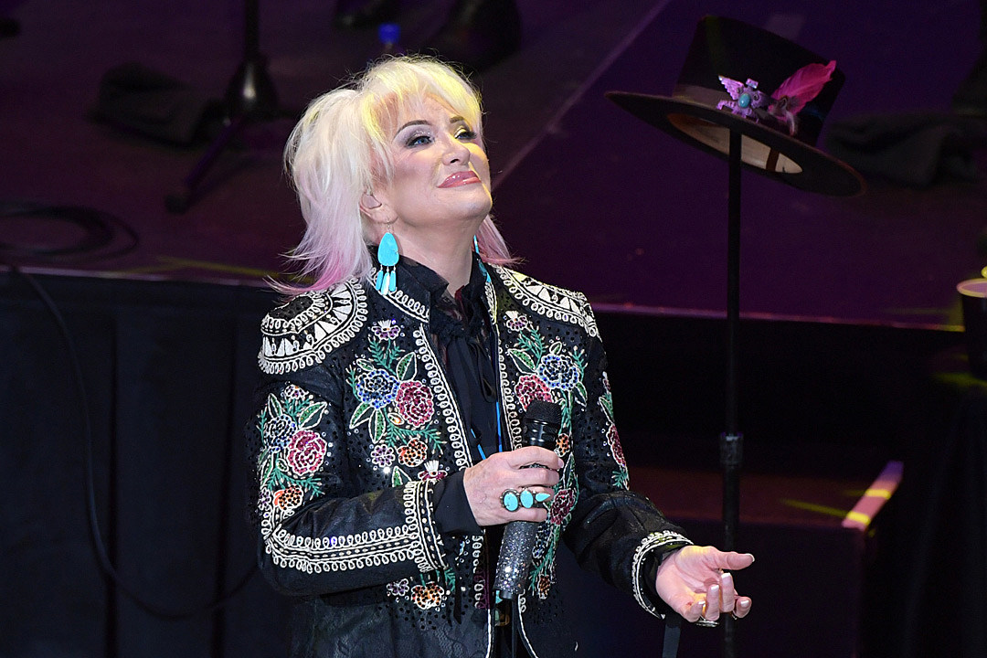Tanya Tucker Moves Four More Concerts After Hip Surgery