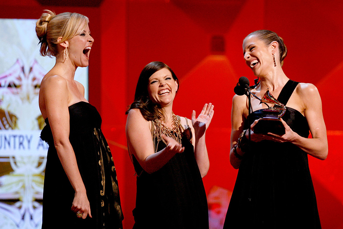 14 Years Ago Today: The Dixie Chicks Turn Controversy Into Triumph