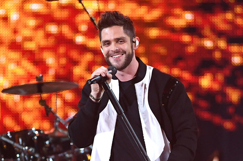 Thomas Rhett Shaved His Beard and You May Not Recognize Him