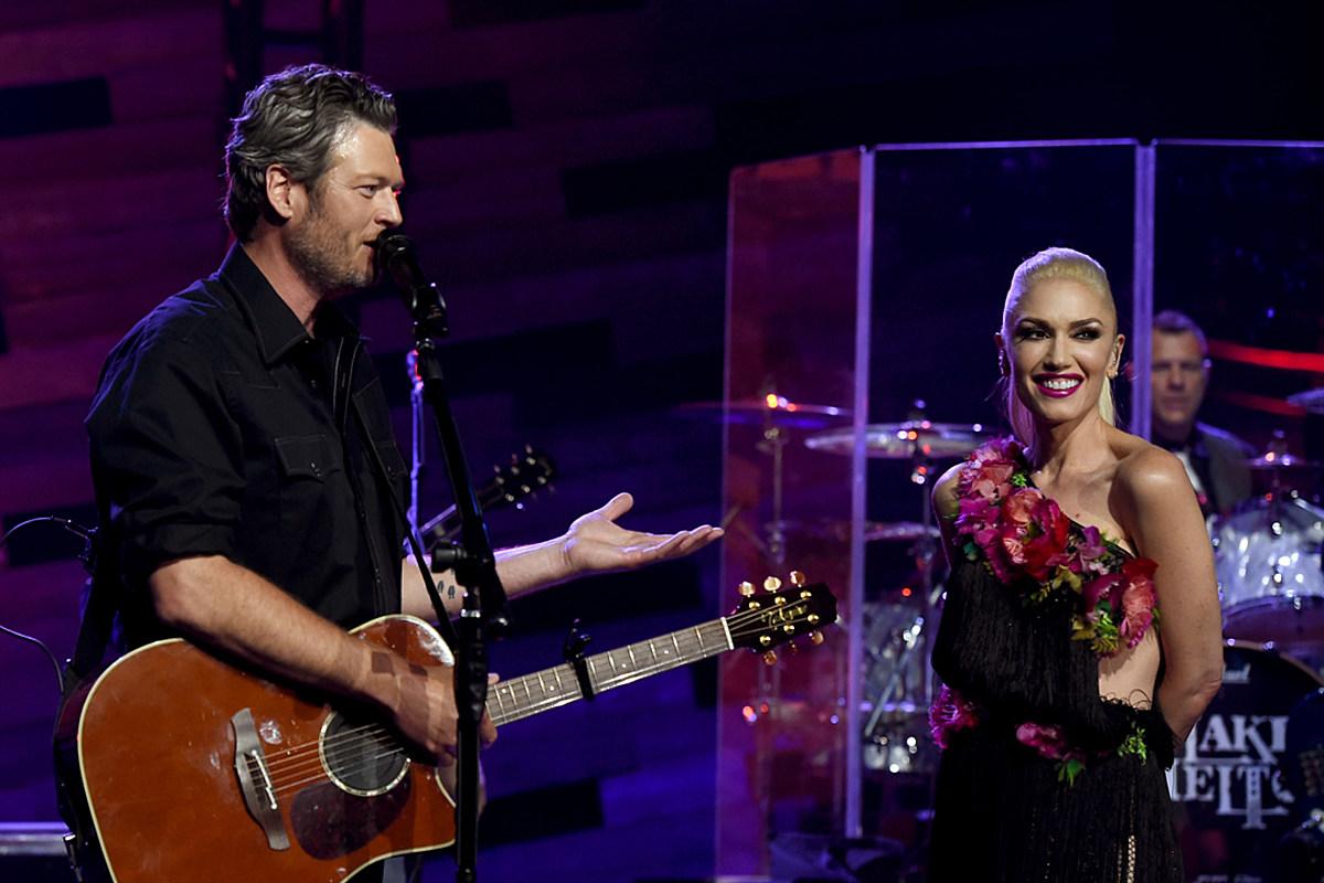 Blake Shelton Says He's 'Blown Away' Working With Gwen Stefani in the Studio
