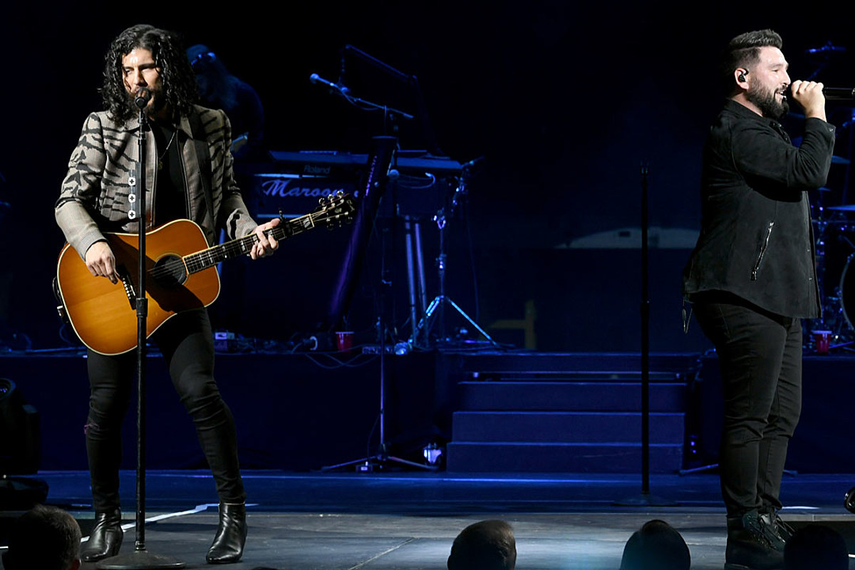 Dan + Shay Move Arena Tour to 2021