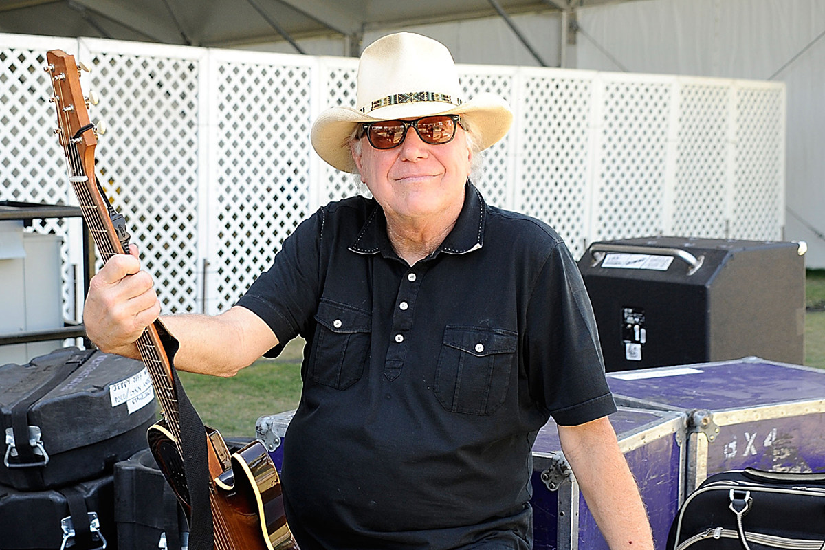 Jerry Jeff Walker Dies: Country Artists + More Remember