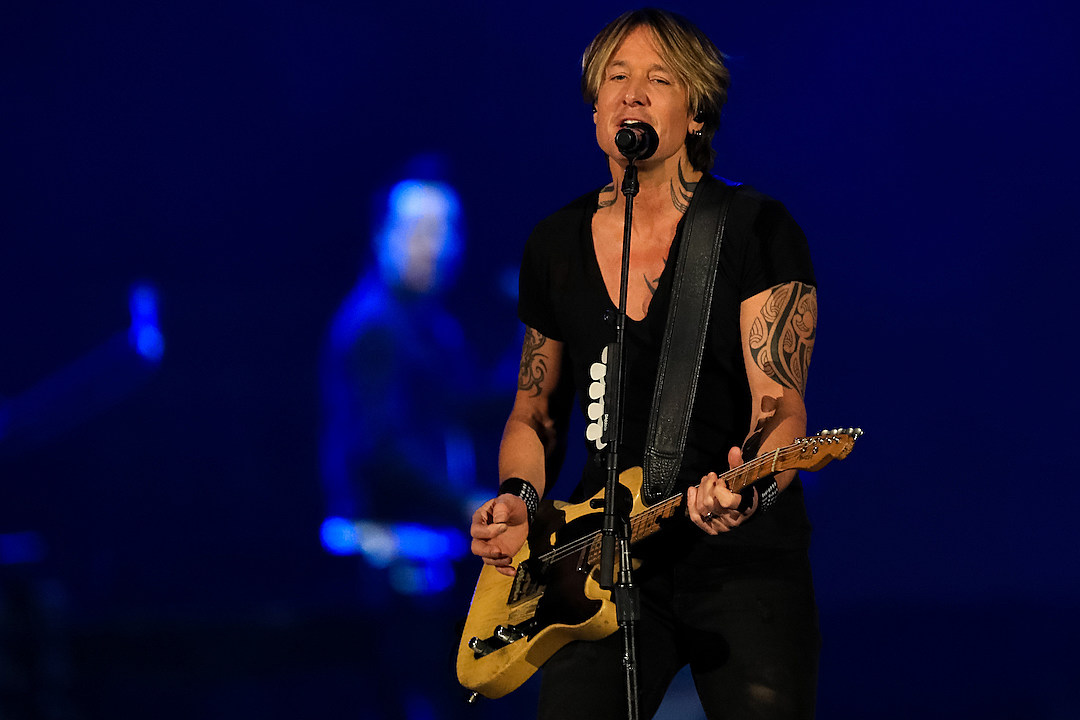 Keith Urban's Strangest Gig Was at an Airport Baggage Claim