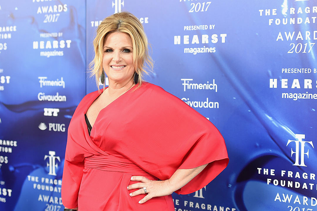 Trisha Yearwood Receives COVID-19 Vaccine After Recovering