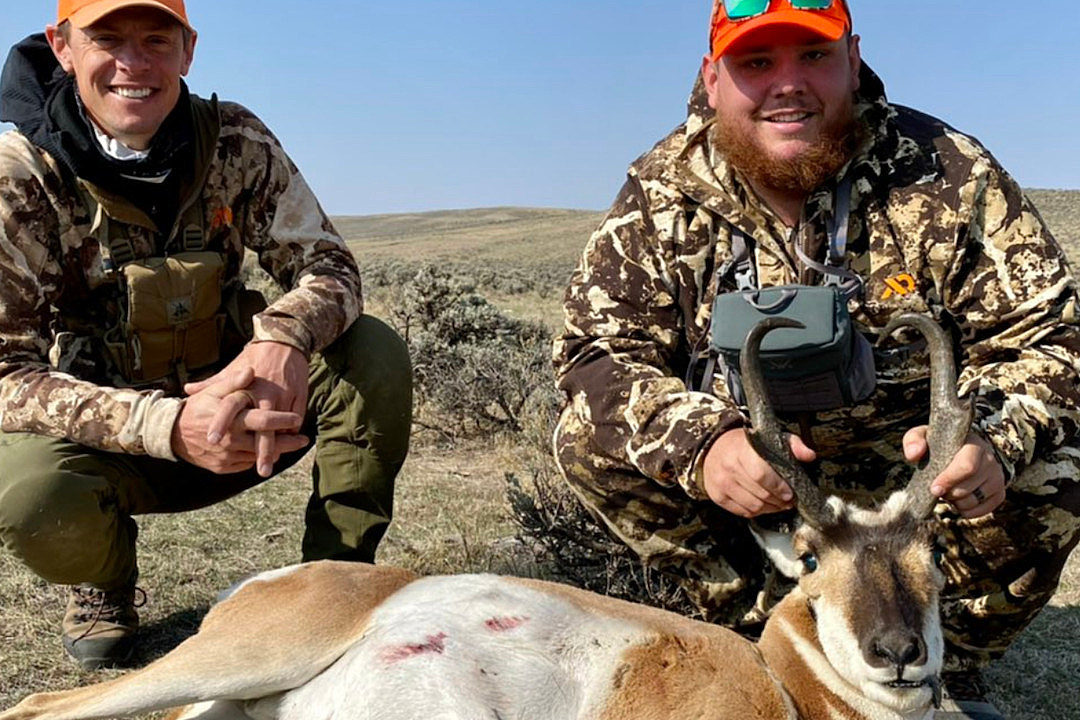 Luke Combs Hunts Wyoming Pronghorn in an Episode of 'MeatEater'