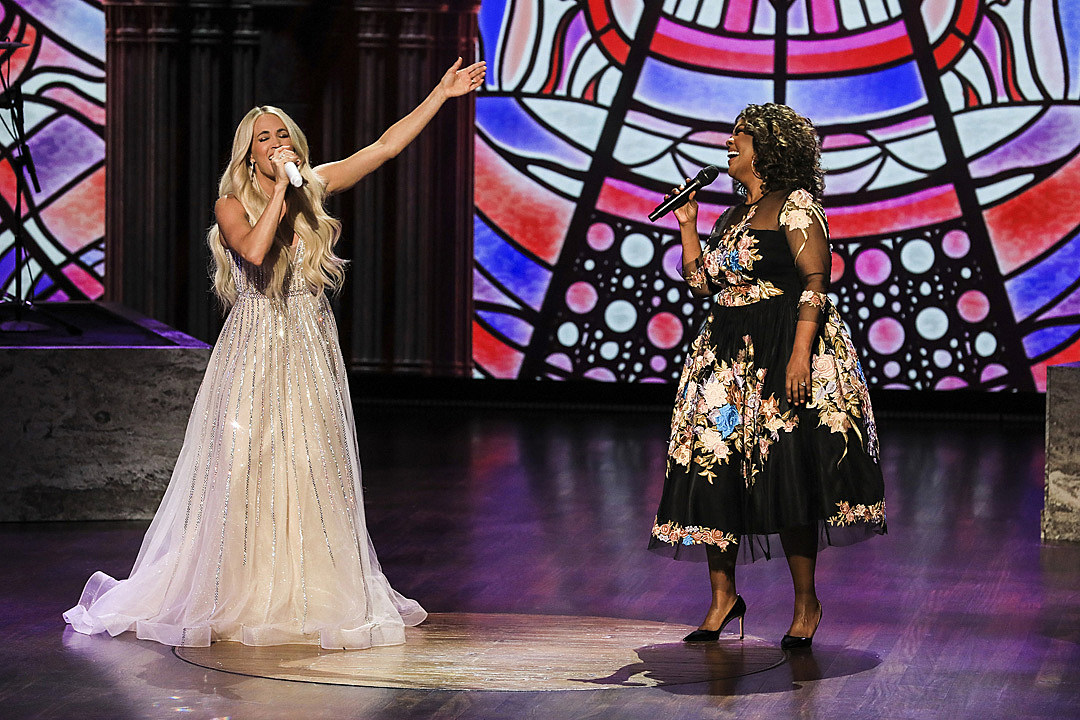 Carrie Underwood's CeCe Winans Duet Wins a GMA Dove Award
