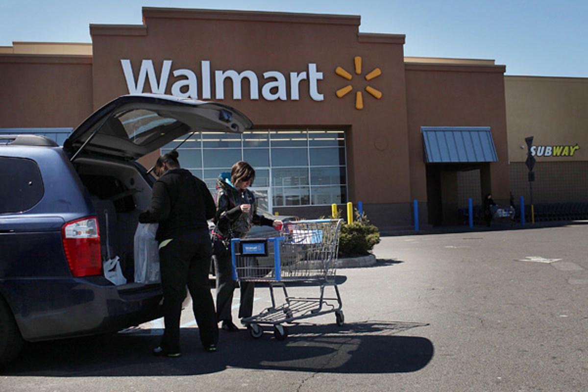 Police: Woman caught shoplifting at Dollar General, brawl