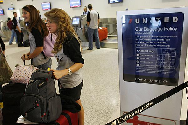 United Raises Fee For Checking Second Bag On Transatlantic