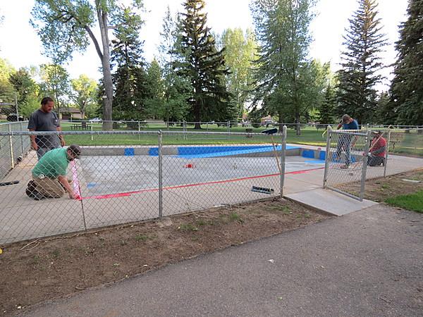 Opening of washington park wading pool delayed - Washington park swimming pool hours ...