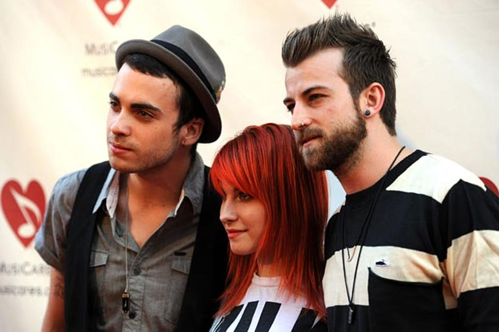 Paramore Debut Brand-New Song 'Renegade' Live