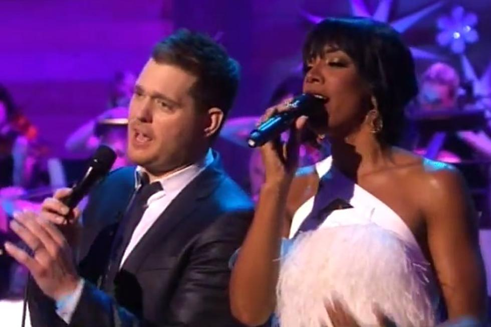 Michael Buble White Christmas.Kelly Rowland And Michael Buble Perform White Christmas
