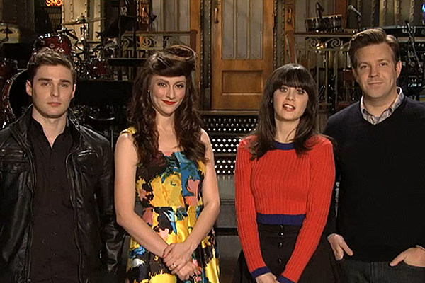 Zooey Deschanel Chats With Jimmy Fallon Teams Up With