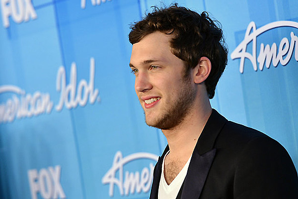 Phillip Phillips Recovering From Kidney Surgery